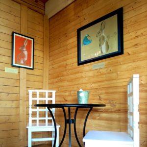 Seller restorant exhibition, hares, kaisa kangro 2016